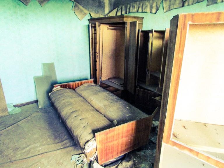 Leilighetene inne i den 16 etasjers høye blokken var på to eller tre rom.