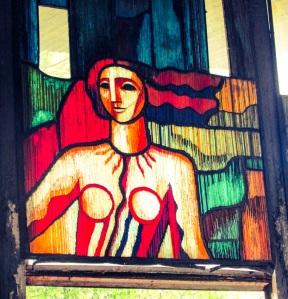 Detalj fra et av glassmaleriene