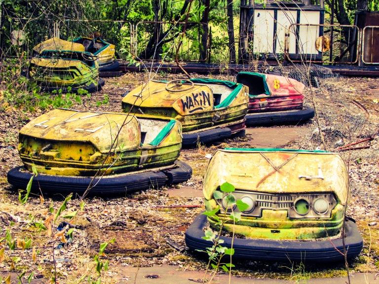 Radarbilene i fornøyelsesparken i Pripyat står slik de sto da de ble forlatt, kvelden før eksplosjonen i reaktor nummer fire.