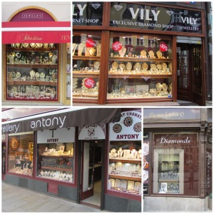 Gullsmedbutikkene dominerer stort i Karlovy Vary.